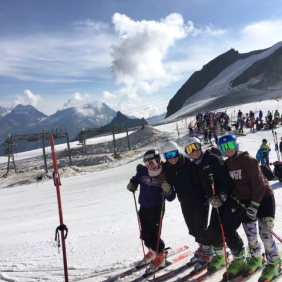 FIS Girls in Saasfee